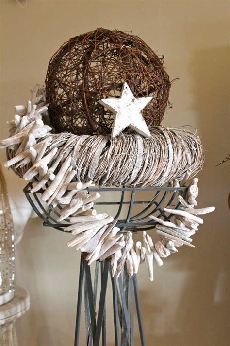 weihnachtsdeko mit holz 30 ideen f 252 r weihnachtsdeko aus holz und basteltipps