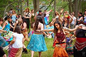 The Painting Queen: The Famous Spoutwood May Day Fairie ...