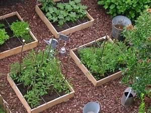 Carre Potager En Bois Pas Cher : potager en carr potager et jardin gardening pinterest ~ Dailycaller-alerts.com Idées de Décoration