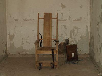 afbeelding elektrische stoel william kemmler eerste slachtoffer van de elektrische stoel