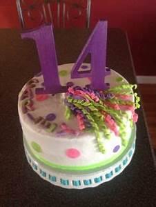 Glow in the dark Birthday Cake 7