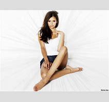 Nina Dobrev Vs Kristen Stewart Yahoo Answers