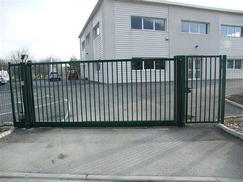 conception de portails et portillons coulissant csa b 233 nite