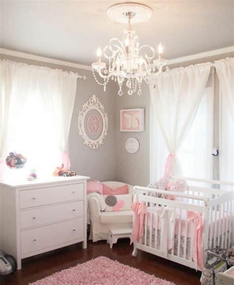 plafonnier chambre b lustre chambre fille lustre en bois pour la chamlustre en
