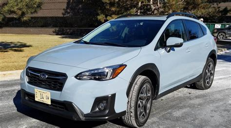 car  subaru crosstrek cool grey khaki