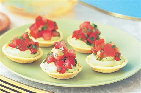 avocado canape cups with tomato salsa recipe