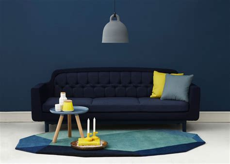 canape bleu marine le bleu marine dans la décoration deco design