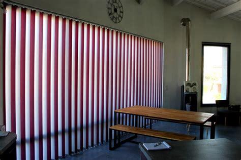 stores de bureau menuiserie fenêtres salon de provence partner menuiseries