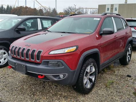 jeep cherokee trailhawk red 2016 jeep cherokee trailhawk 4x4 red vaughan chrysler