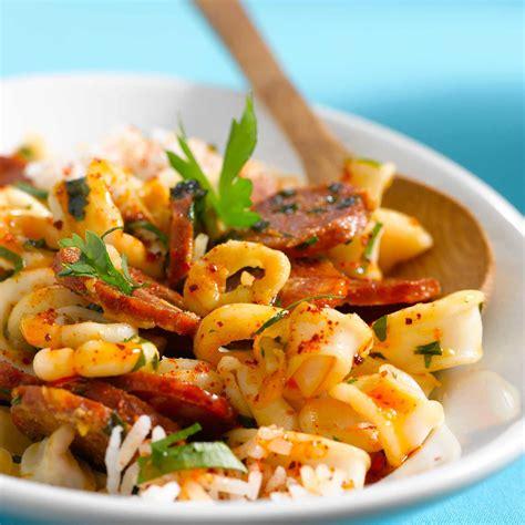 calamars à l 39 ail et chorizo facile recette sur cuisine actuelle