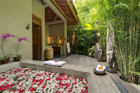Outdoors Bathroom : My Favourite Bali Outdoor Bathrooms