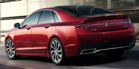 lincoln mkz vehicles  display chicago auto show
