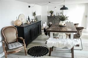stunning decoration table salle a manger ideas With deco cuisine avec salle À manger contemporaine bois massif