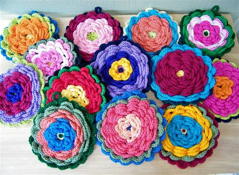 crochet potholders delights gems fanciful flower potholders