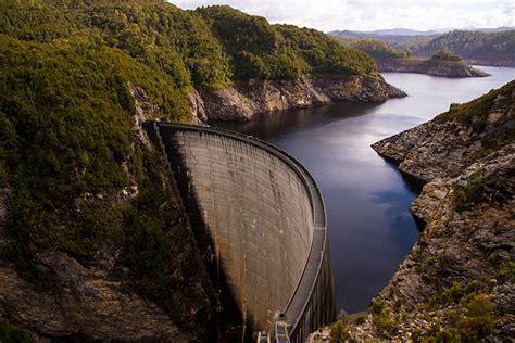 Tassie's Top 10 unique experiences - Abseiling Gordon Dam