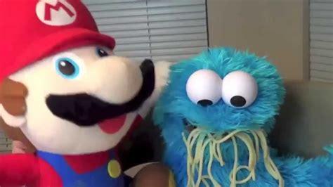 cookie monster eats spaghetti mario cooks  sesame
