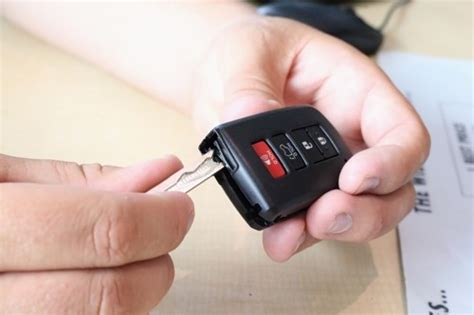 Everything You Need To Know About Key Fob Replacement