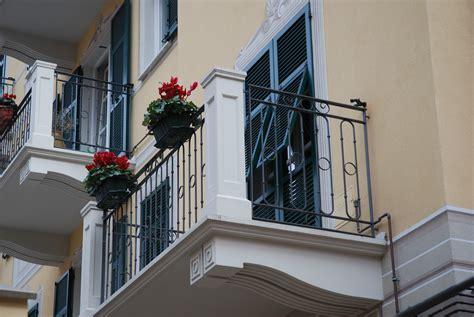 ringhiera in cemento prefabbricati torti solette balconi e mensole