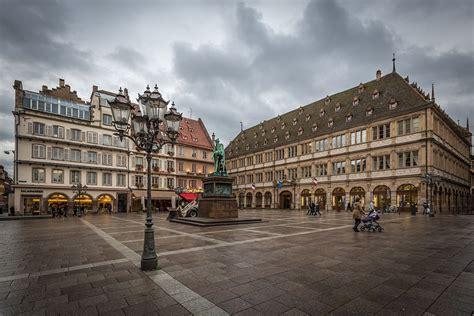 chambre de commerce strasbourg place gutenberg wikipédia