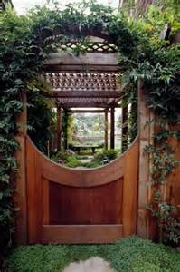 Wooden Garden Gates and Arbors