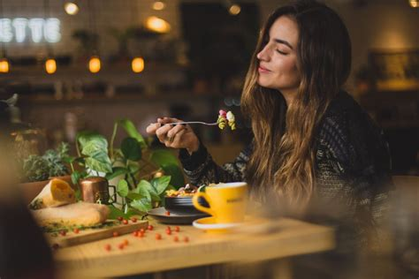 Tuvojas ēšanas sezona. Vairums cilvēku atzīst - vēsajā ...
