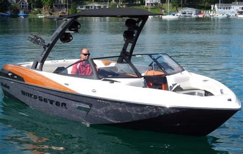 Malibu Boats Linkedin by 2015 New Malibu Boats 23lsv Ski And Wakeboard Boat For