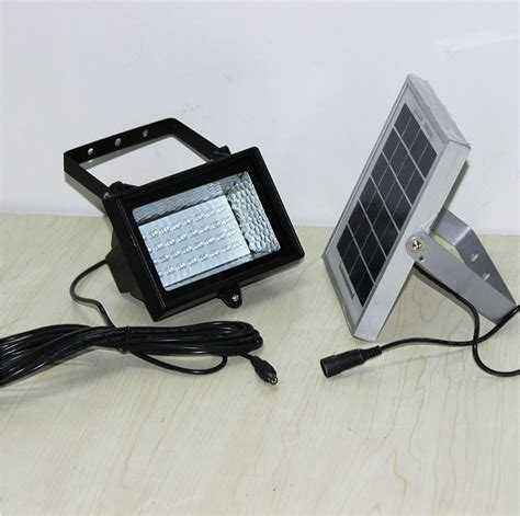freeshipping bright 32 leds flood light 2w solar