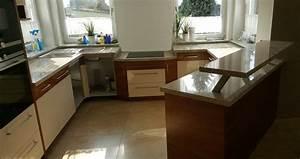 Arbeitsplatte Küche Höhe : die berechnung der optimalen arbeitsh he in der k che ~ Watch28wear.com Haus und Dekorationen