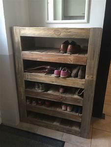 un joli meuble chaussure fait de palette tout fabrication With marvelous fabriquer un meuble d entree 0 fabriquer un meuble de rangement pour une entree