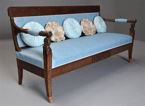 canapé italien sofa late 18th century walnut sofa 39 canape 39 of