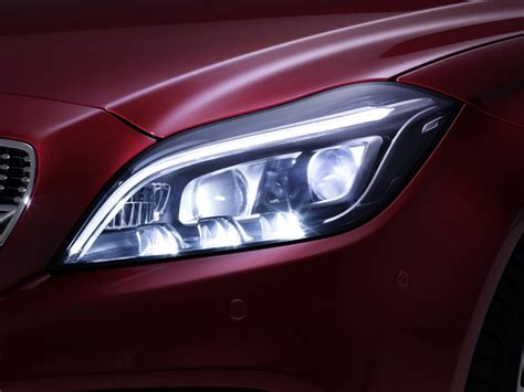 Led Headlights by Mercedes To Debut Multibeam Led Headlight Technology On
