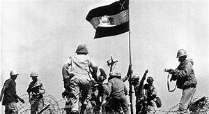 """ما لا تعرفه عن """"الملا"""" أول من رفع العلم المصري في سيناء ..."""