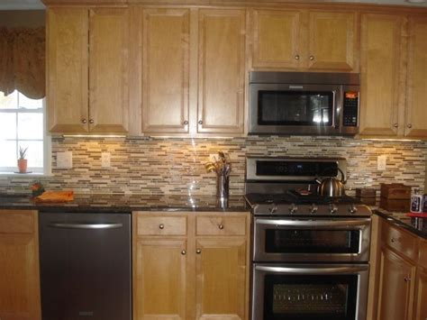 Quartz Countertops With Oak Cabinets With Honey