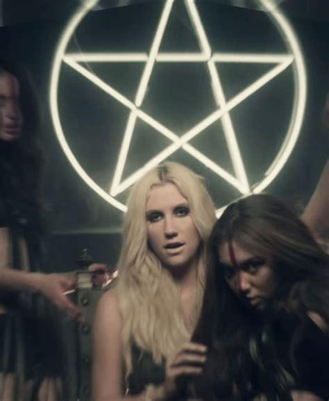 Kesha Illuminati Ke Ha Die Pentagrams Illuminati Symbols