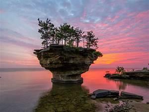Turnip, Rock, Port, Austin, Michigan, Usa, Lake, Huron, Sunset, Red