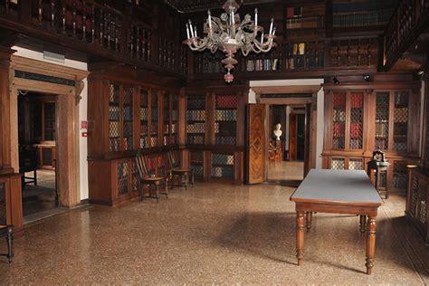 exhibition spaces palazzo loredan piano nobile