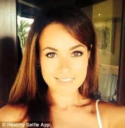 selfie beautiful woman healthy selfie s charlotte li goes from unhealthy to