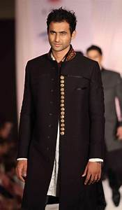 Top Indian Sherwani Designers Best Collection for Weddings ...