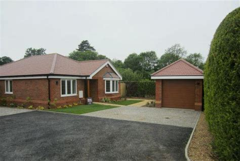 3 Bedroom Detached Bungalow For Sale In Winkfield New