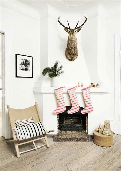 scandinavian style christmas decorating ideas