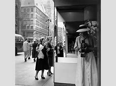 Review 'Crossing Paths with Vivian Maier' at the Centre