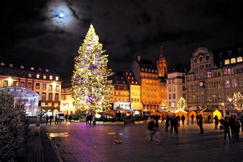 Weihnachten In Frankreich by The Enchanting Markets In Moments
