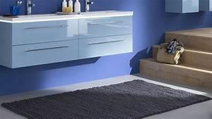 dans cette salle de bains design les 5 idees a retenir With tapis de salle de bain grande dimension