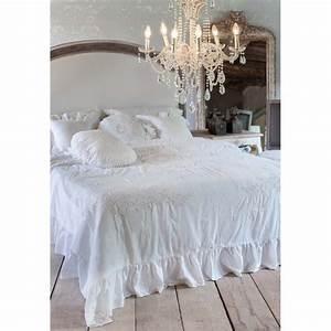 Dessus De Lit Blanc : dessus de lit brod blanc 240 x 240 cm la rugea par blanc mariclo ~ Teatrodelosmanantiales.com Idées de Décoration