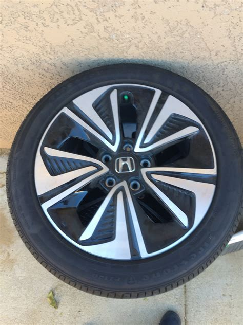 sale  honda civic    wheels  tires