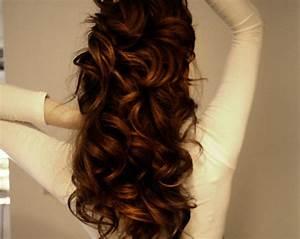 auburn hair long curly | Tumblr