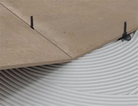 livellanti piastrelle distanziatori livellanti cosa sono e come si utilizzano