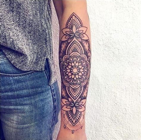 tatouage manche pour femme acidcruetattoo