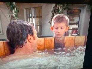 Malcolm In The Middle Tub by Tub Malcolm In The Middle Wiki Fandom Powered By Wikia