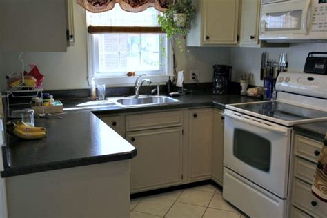 Affordable Kitchen Renovation With Laminate Countertops